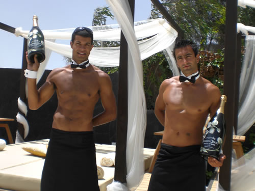 Cheeky butler parties in Marbella